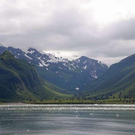 Yakutat Bay (Alaska)